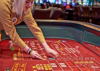 Blackjack, Roulette, Craps & More - Table Games | Isle