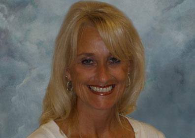 Host Tina Robertson