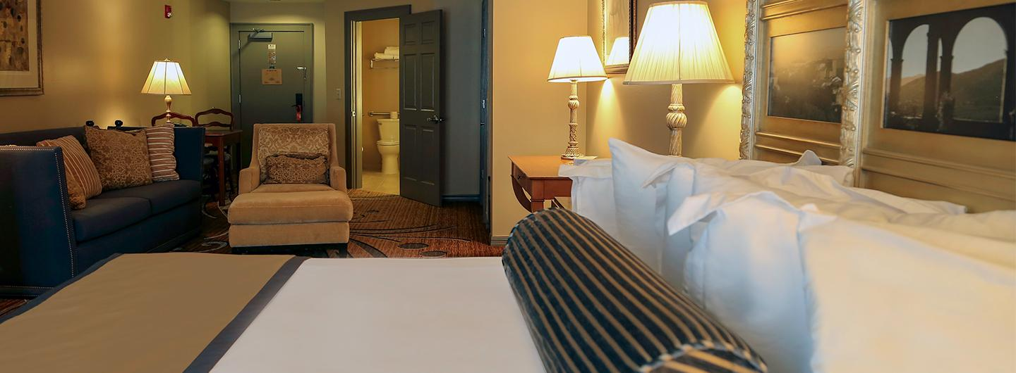 Photo of Deluxe Suite room at Trop Casino Greenville