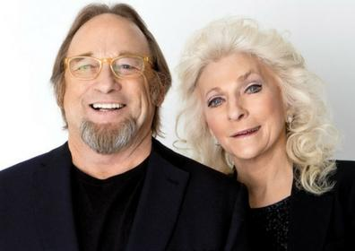 Stephen Stills and Judy Collins posing