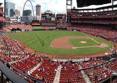 Picture of a baseball field with the St. Louis Arch in the background