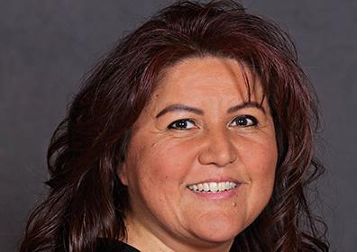 VIP Host Laura Hamlin