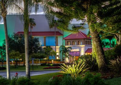 Exterior view of Isle Casino Racing Pompano Park