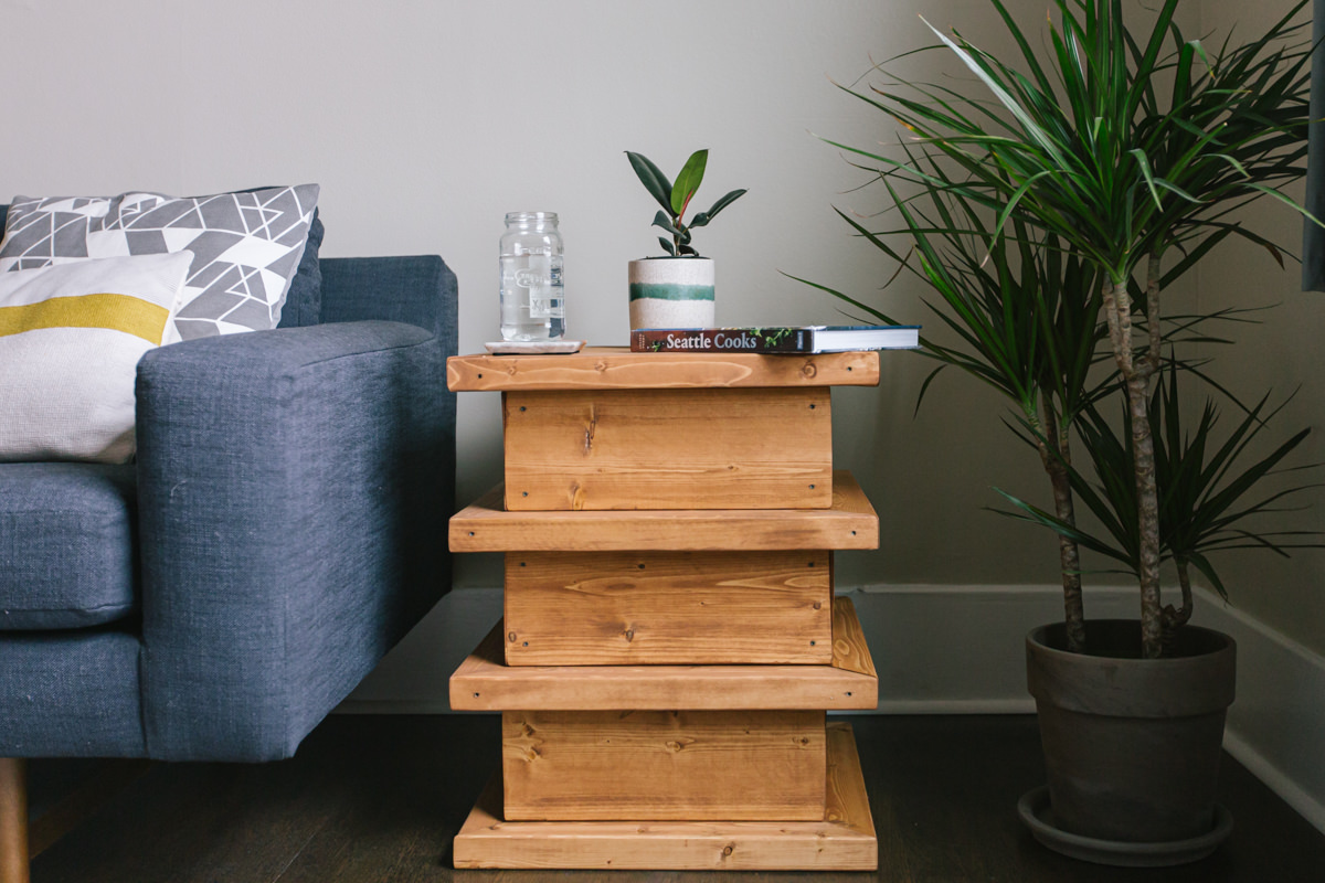 how to build a DIY end table