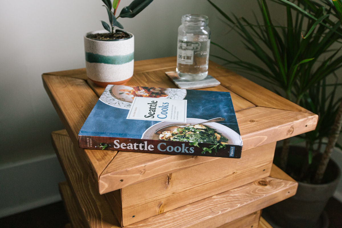 how to build a set table