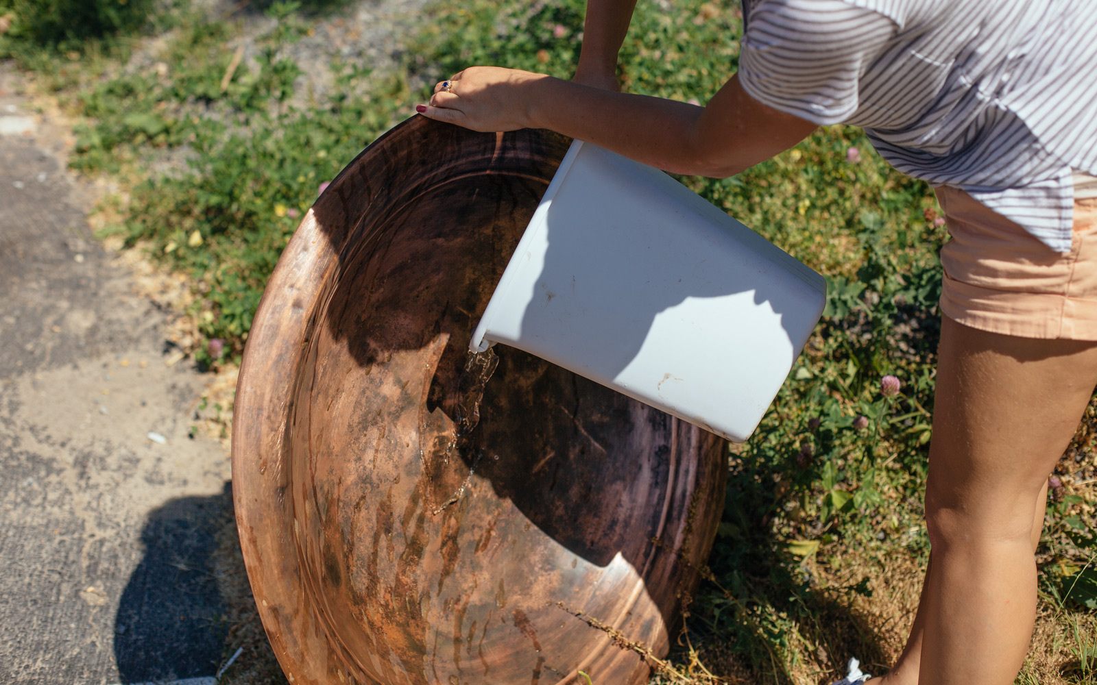 How To Refinish A Rusty Fire Pit Painting A Fire Pit Dunn Diy
