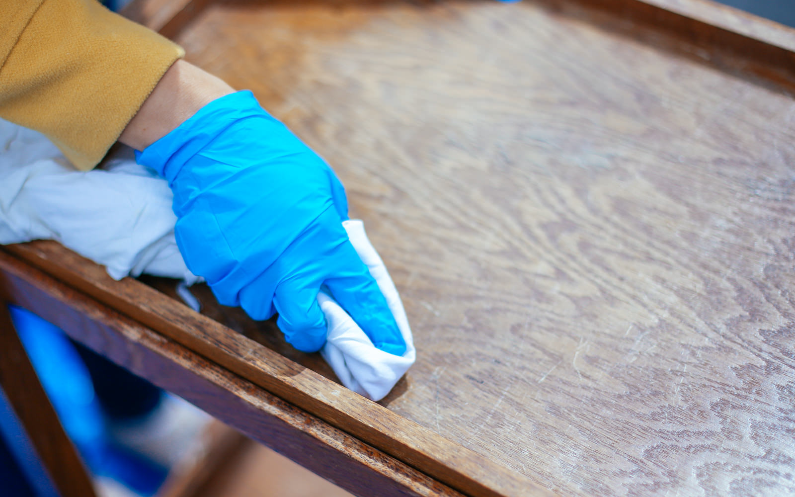stain for refinishing furniture