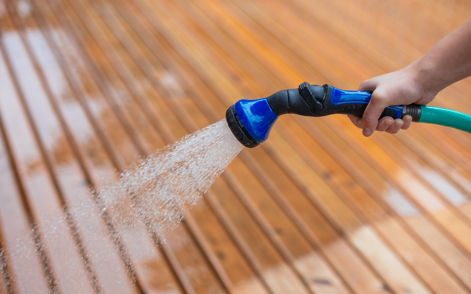 spray your deck