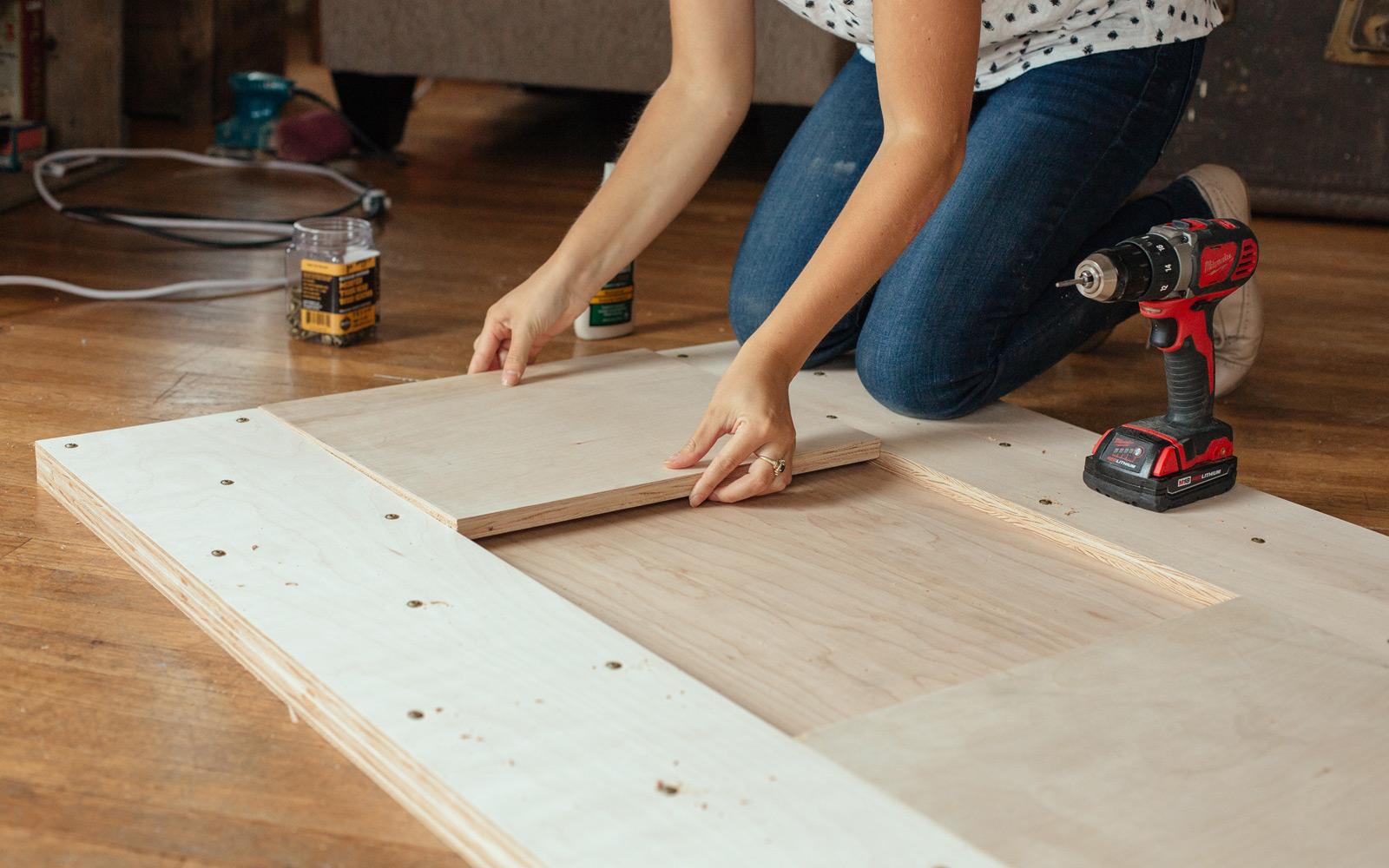 assembling modern tabletop