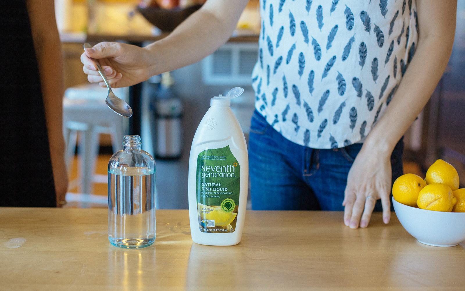vinegar for diy floor cleaner