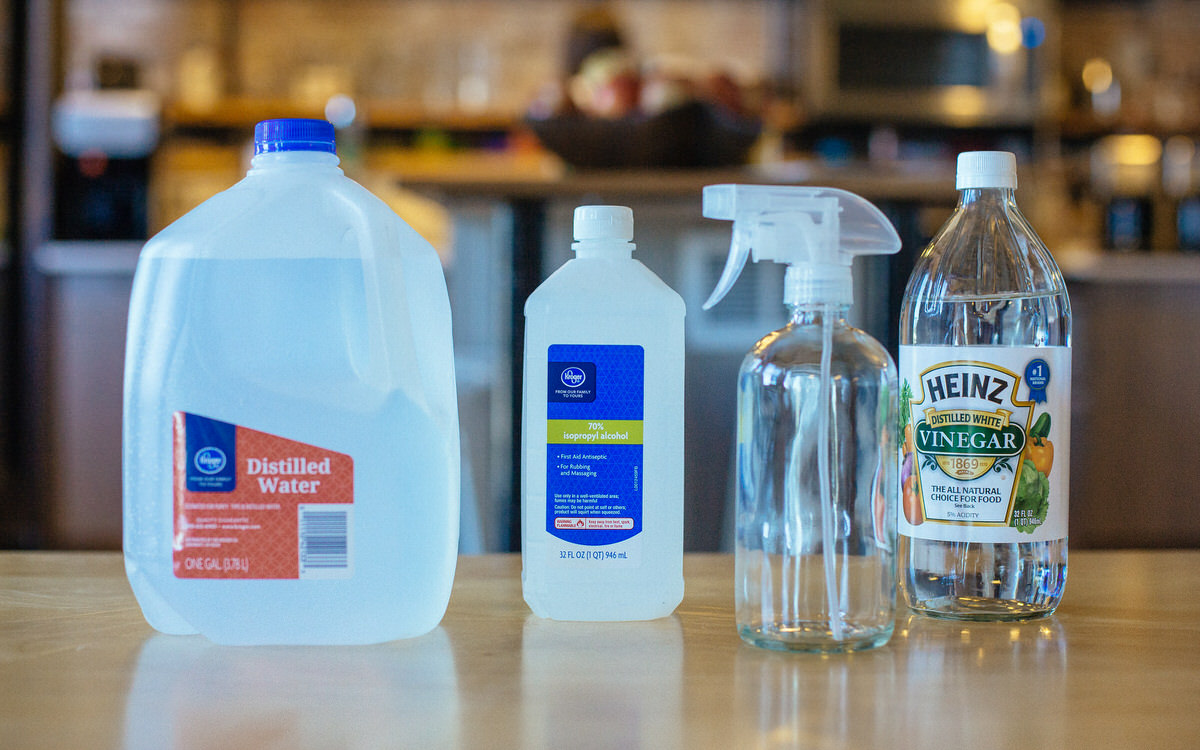 materials for homemade window cleaner