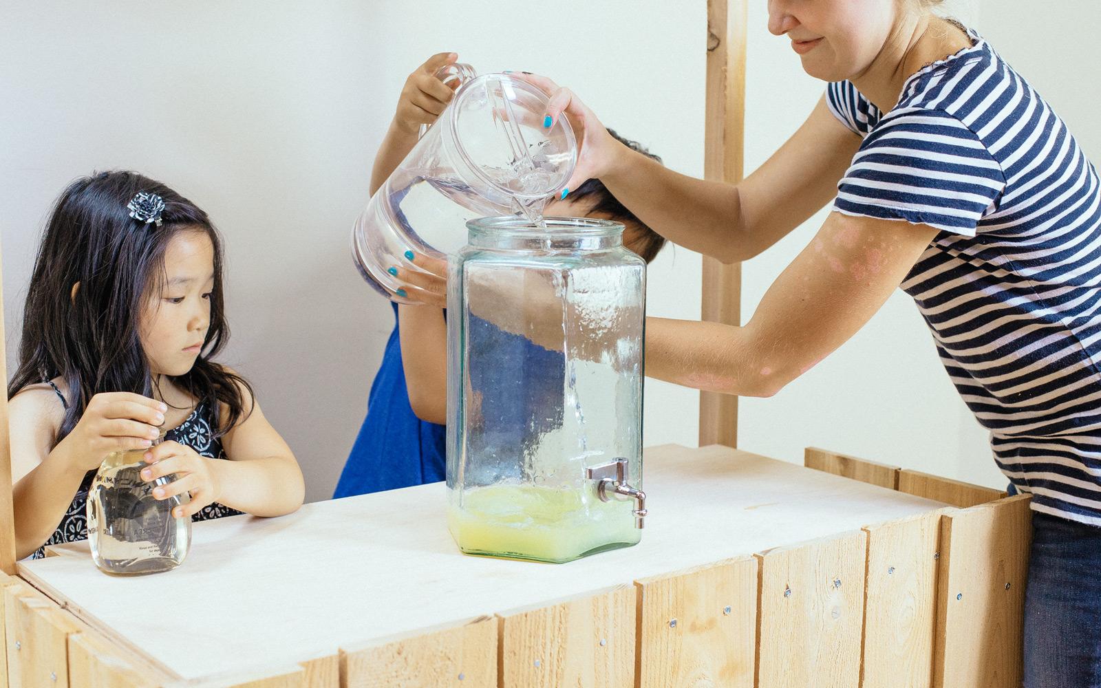 how to make a lemonade stand
