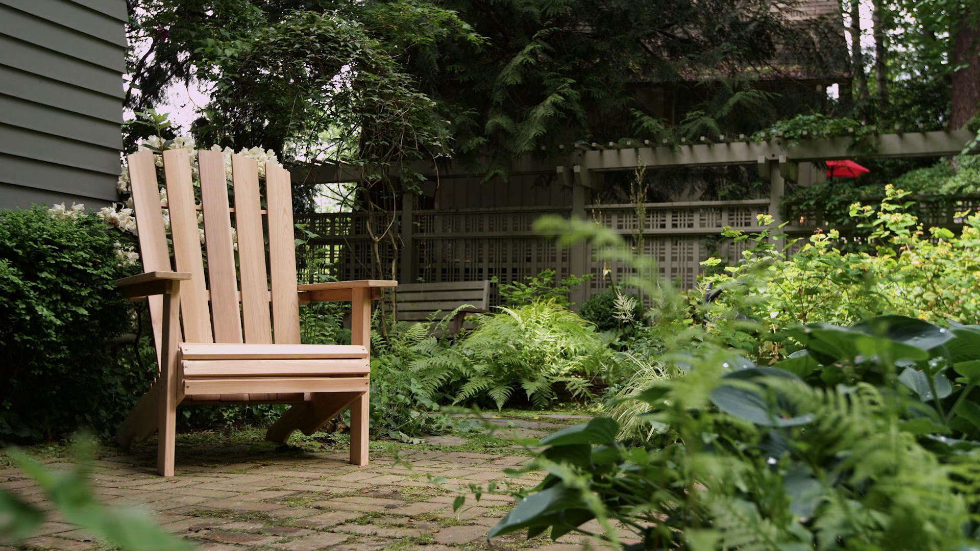 build an Adirondack chair at Seattle garden show
