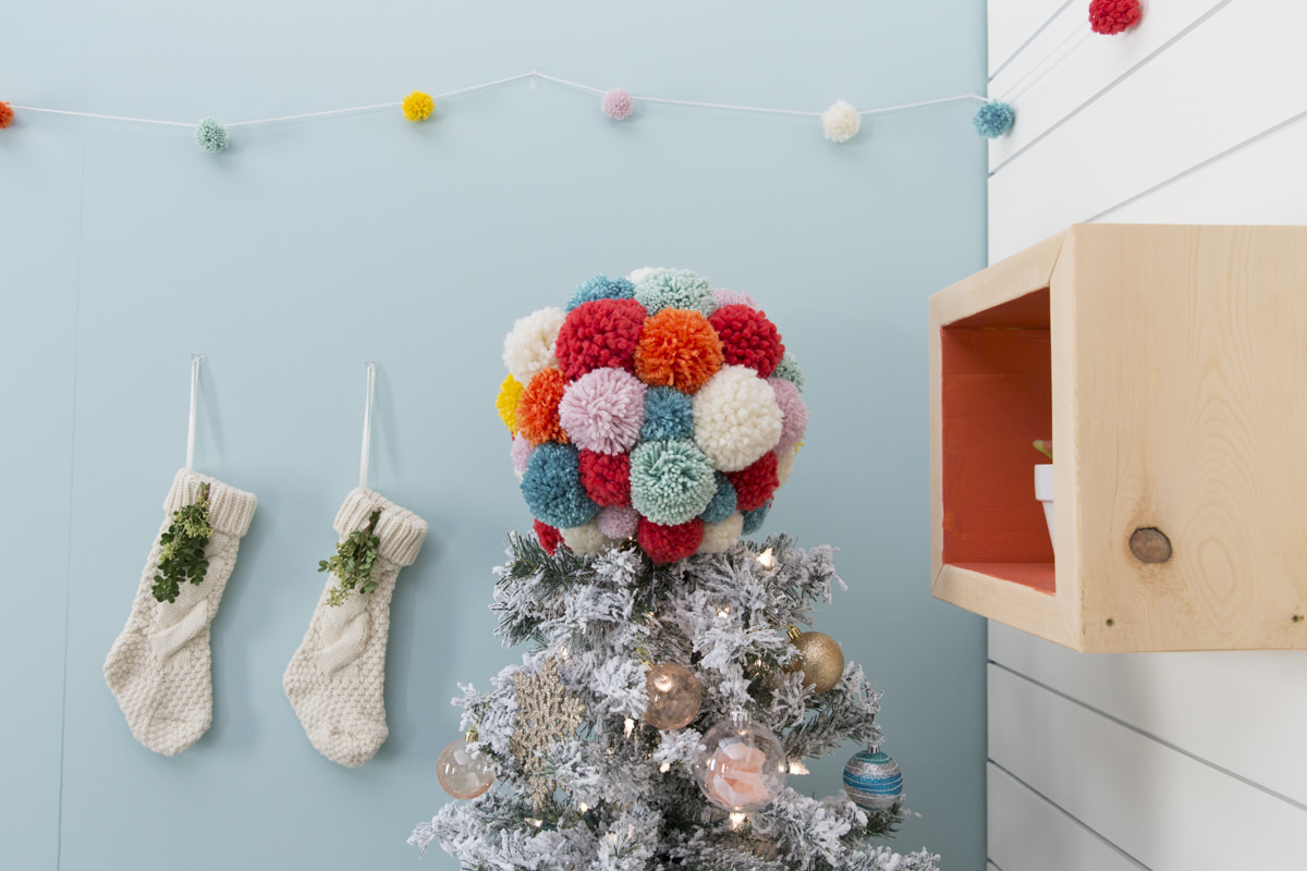 how to make a pom pom tree topper