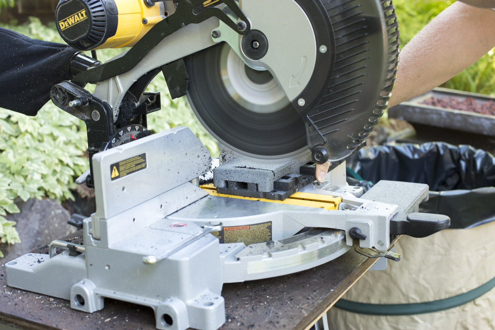 saw for azek pavers