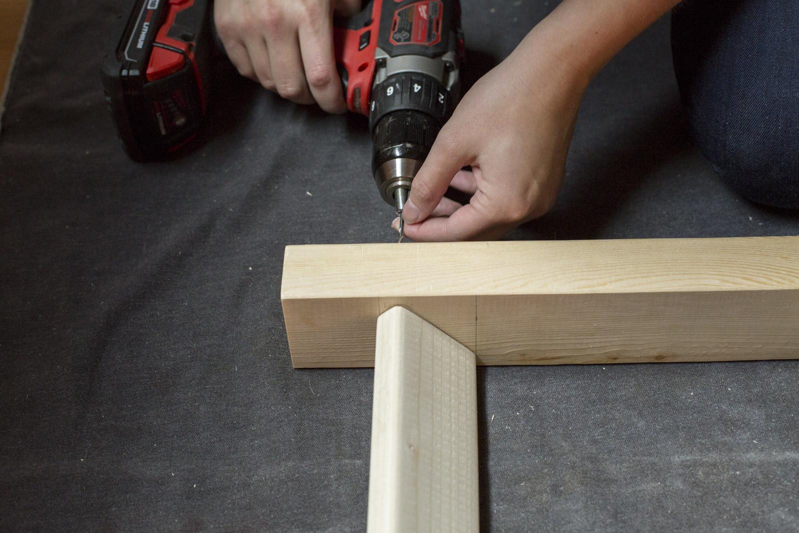 attach rungs to ladder frame