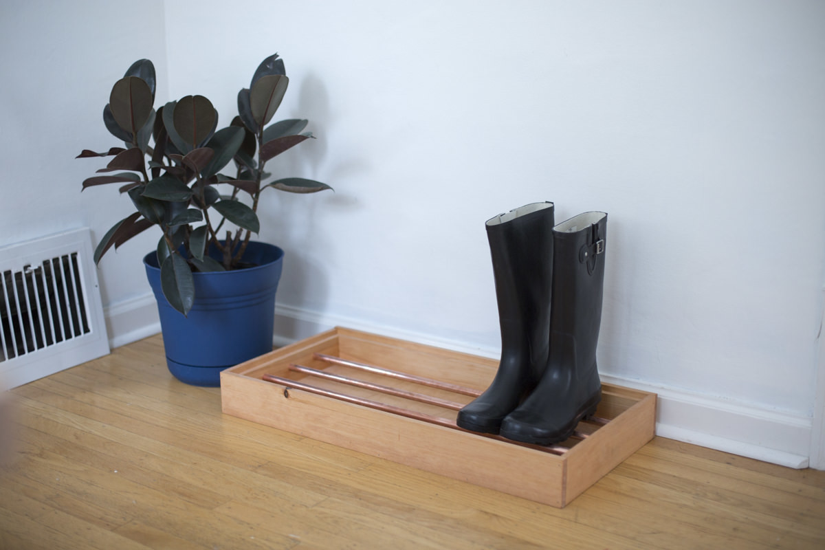 how to make a copper pipe boot tray