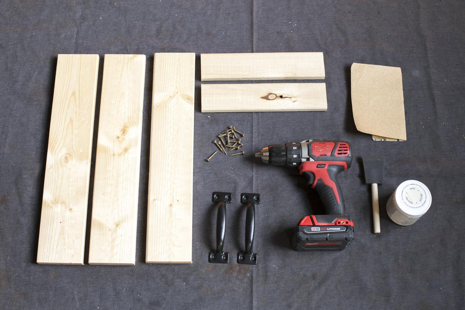 santa tray materials
