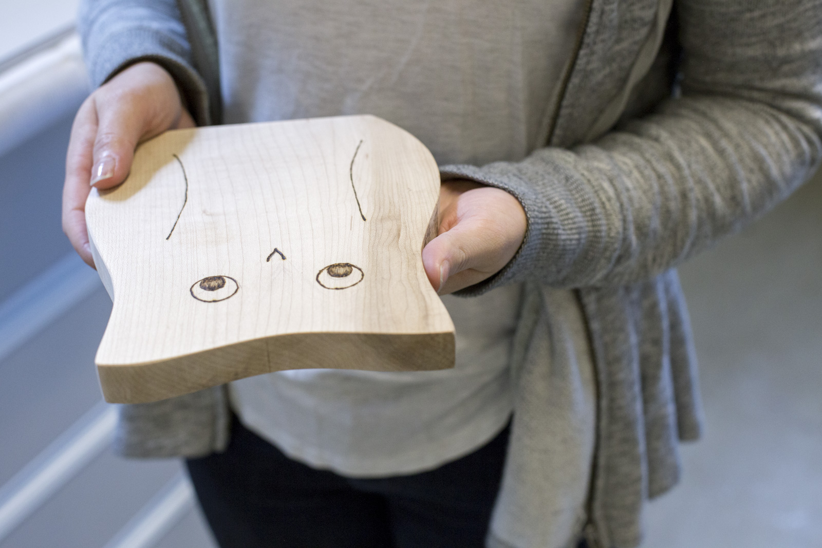 owl cutting board design