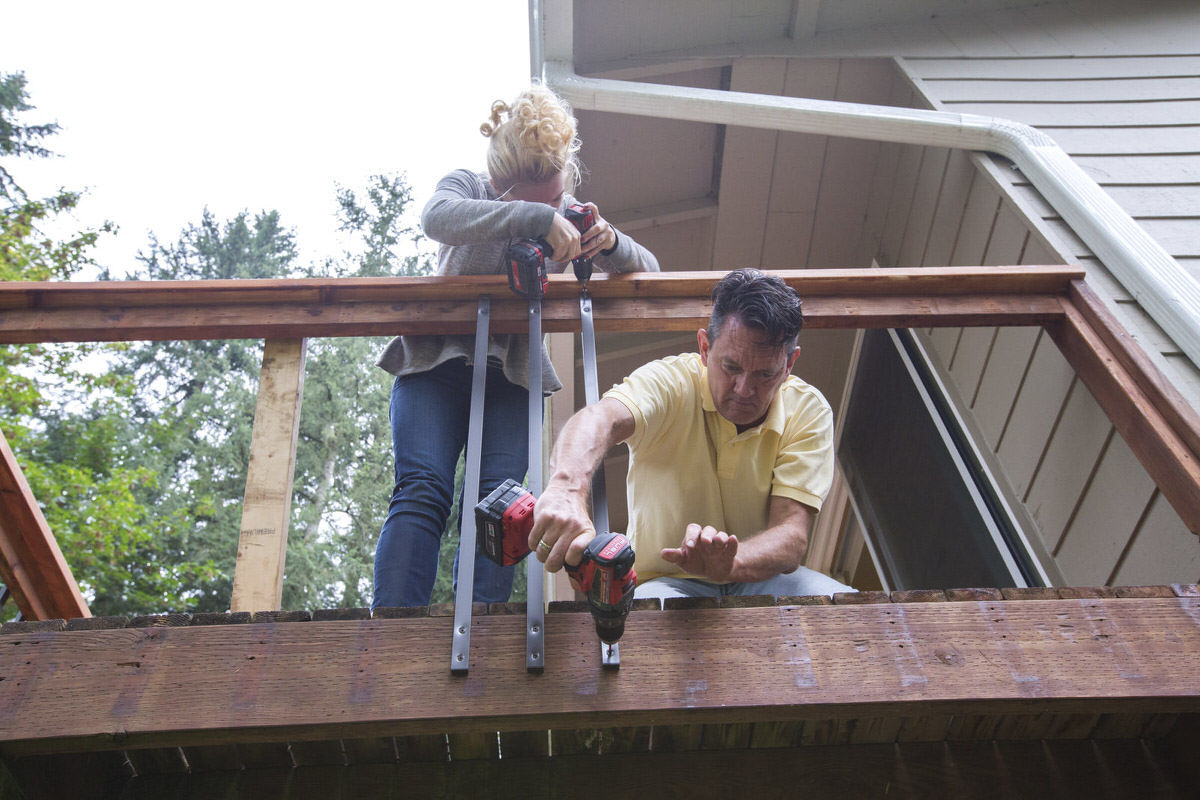 Dunn DIY How to Install Deckorators Aluminum Balusters Seattle WA 19