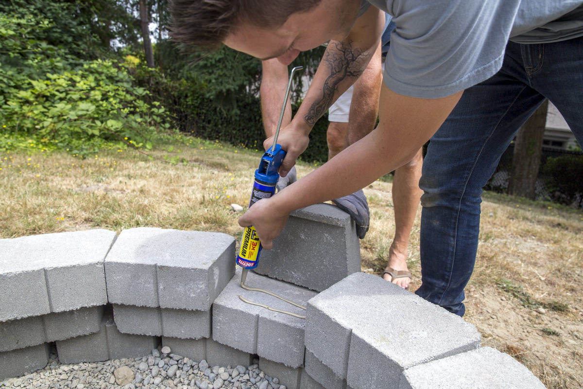 securing windor stone blocks for fire pit