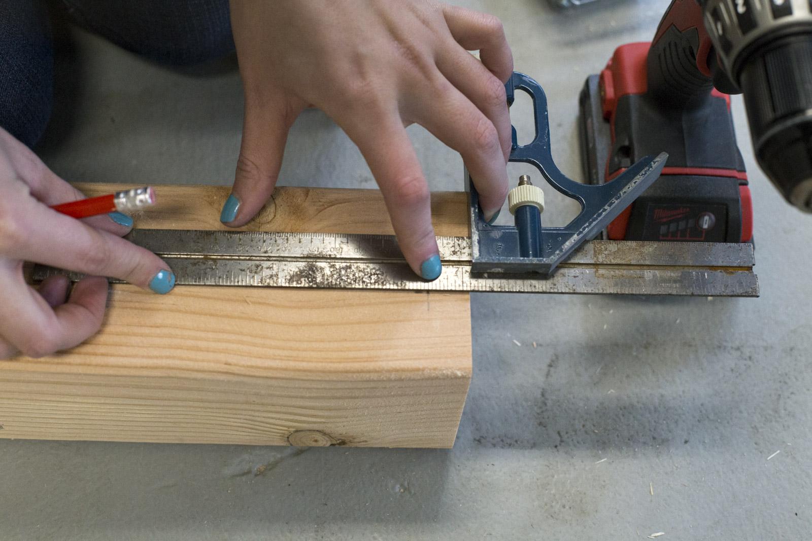 measuring flower box