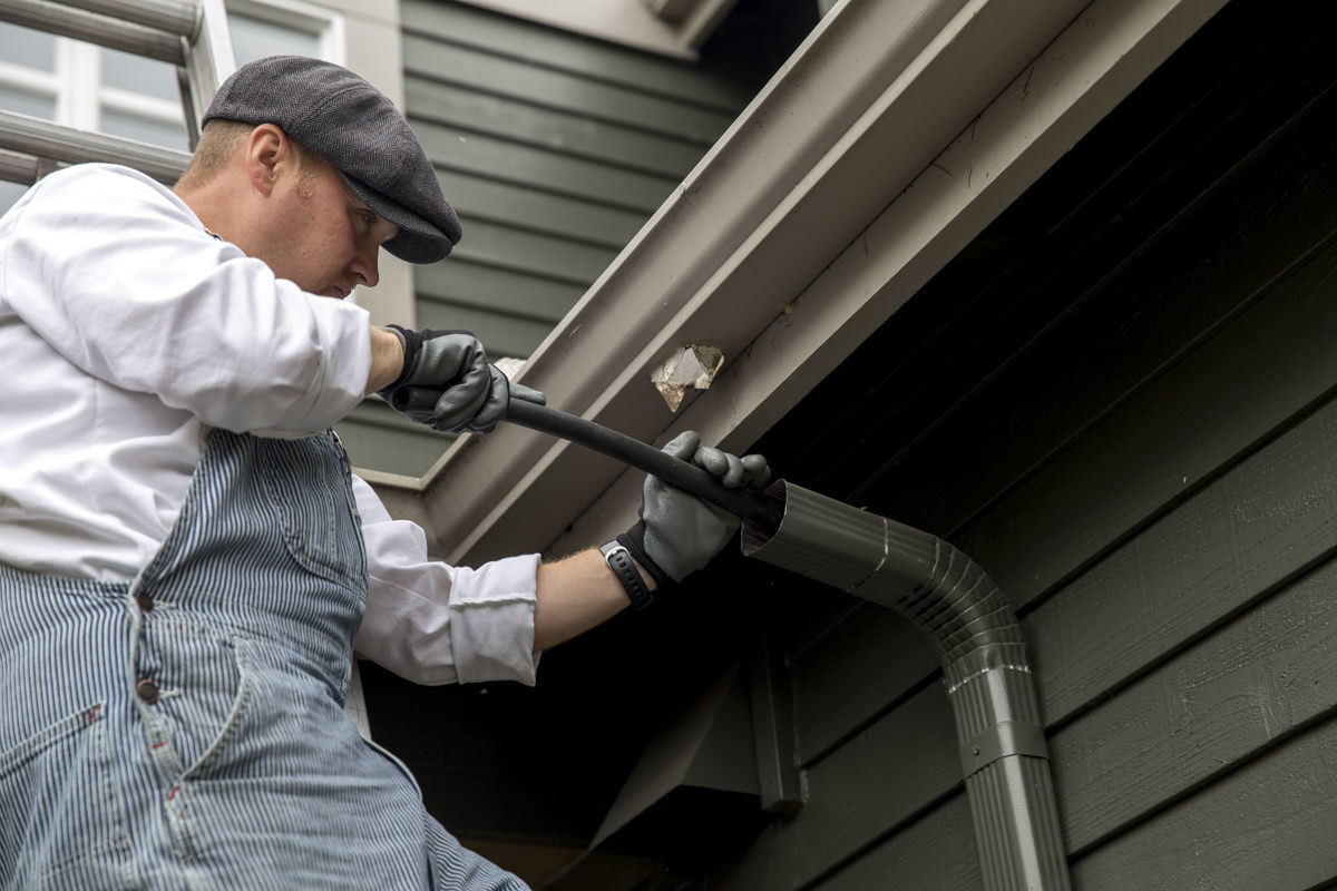 Dunn DIY How to Clean Your Gutters Like A Professional Seattle WA 12