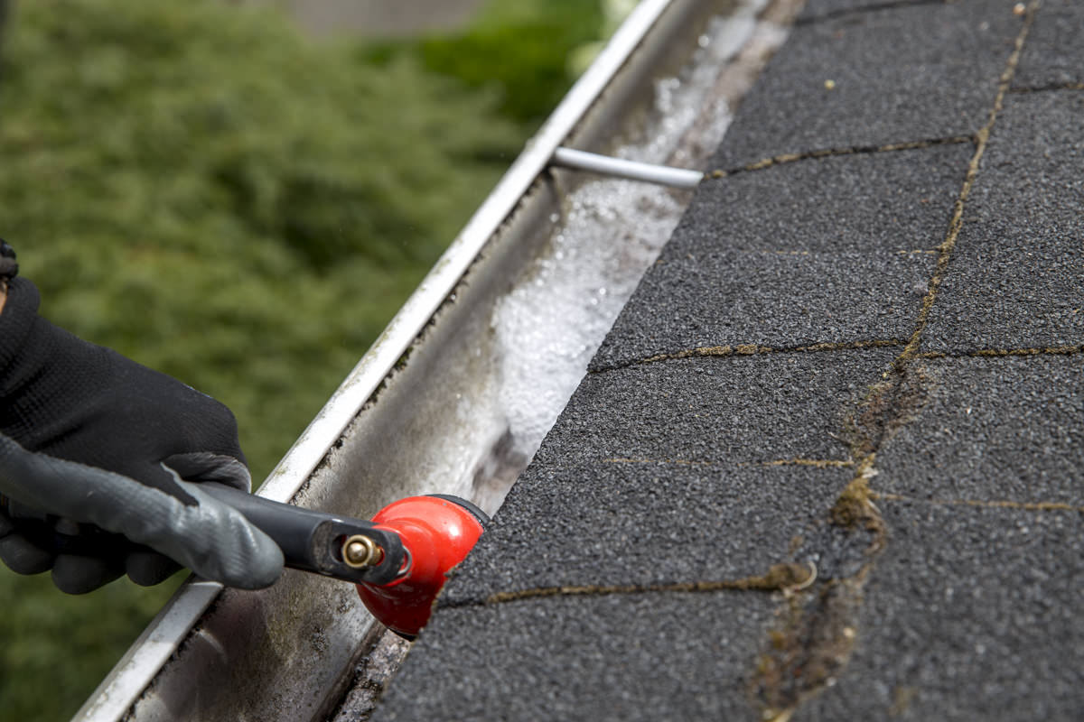 Dunn DIY How to Clean Your Gutters Like A Professional Seattle WA 13