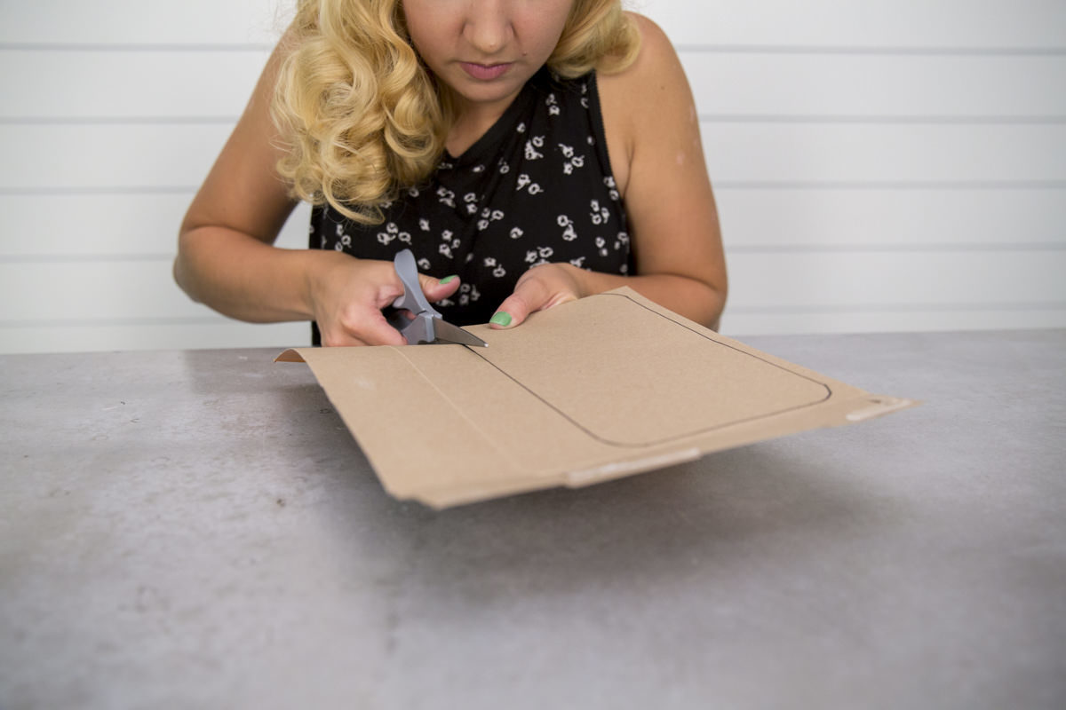 cutting cardboard for diy lunch box