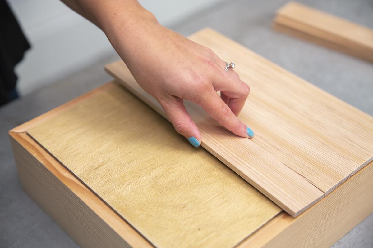 adhering lattice on diy pie box