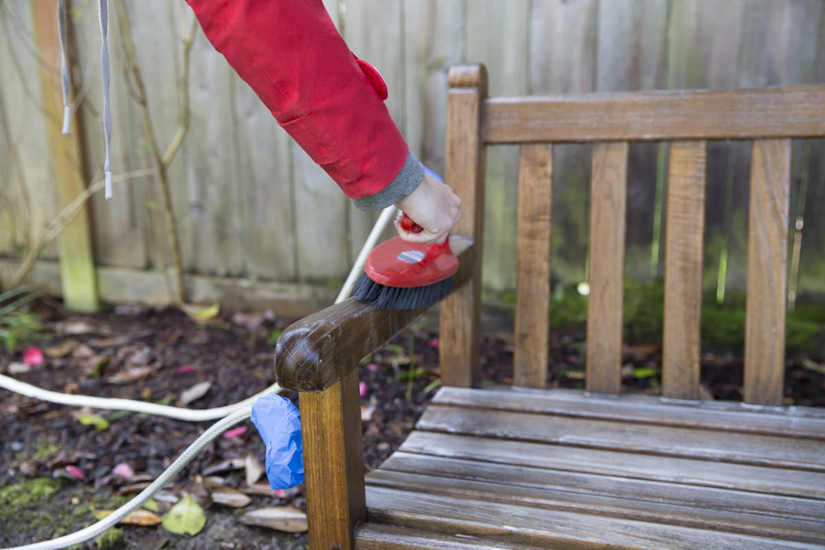 Dunn DIY How to Refresh a Porch Swing with Teak Oil Seattle WA 11