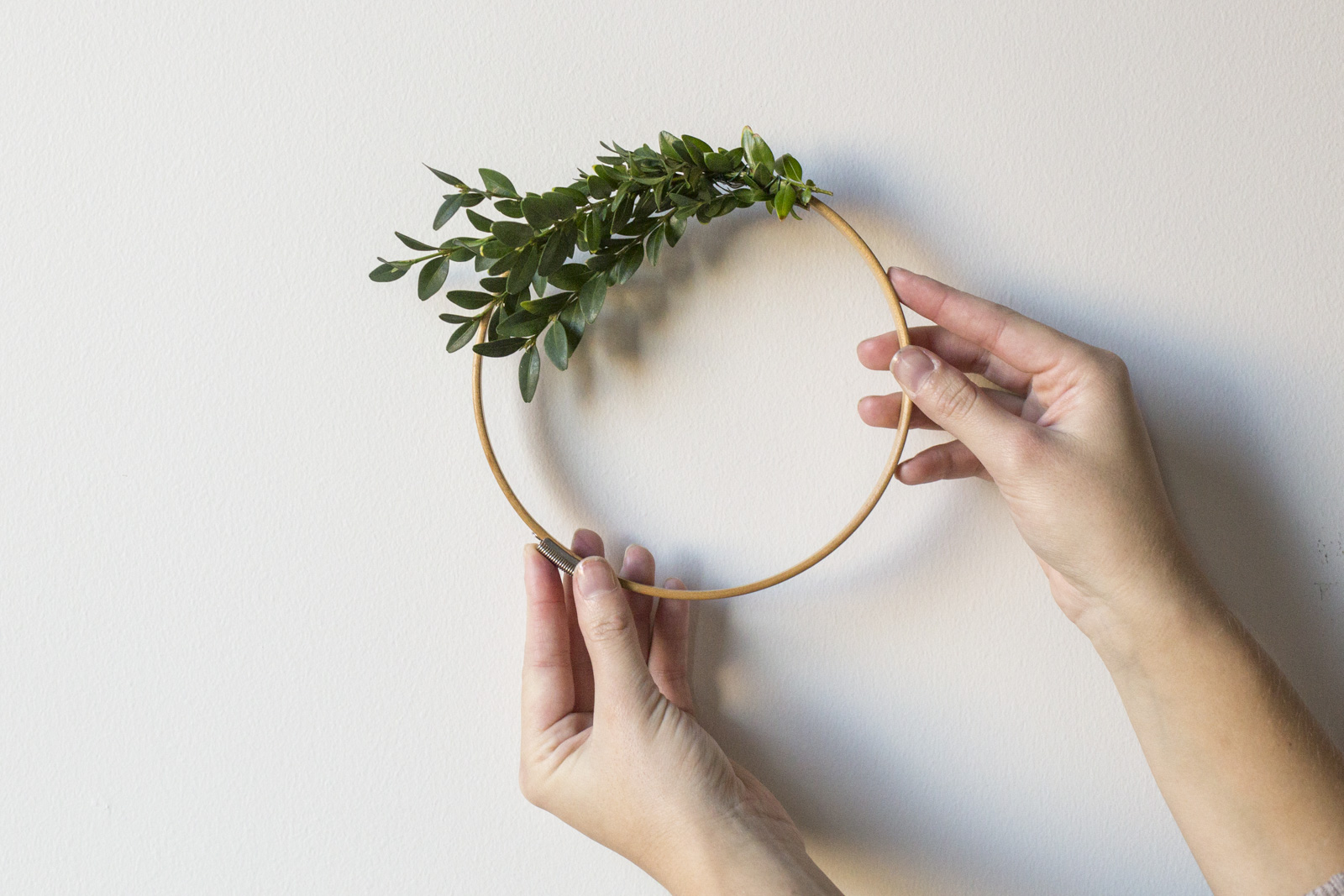 christmas wreath process