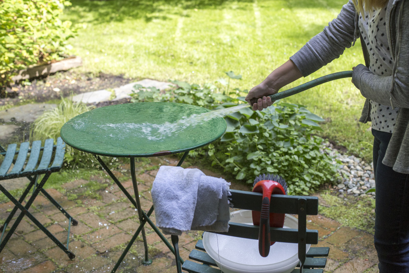 rinse all surfaces before applying rust oleum