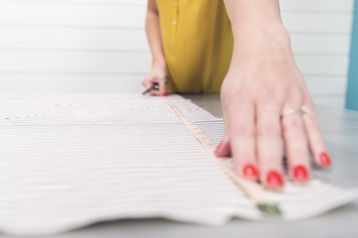 measuring apron fabric
