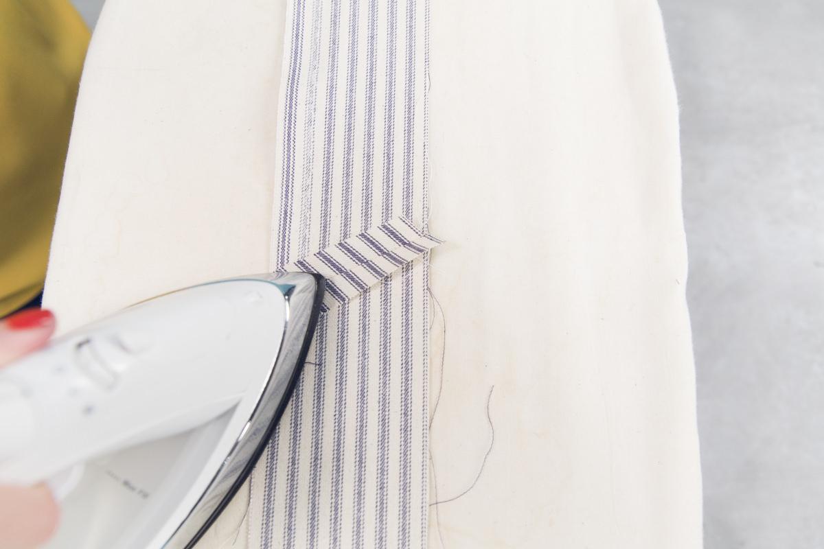 ironing apron string