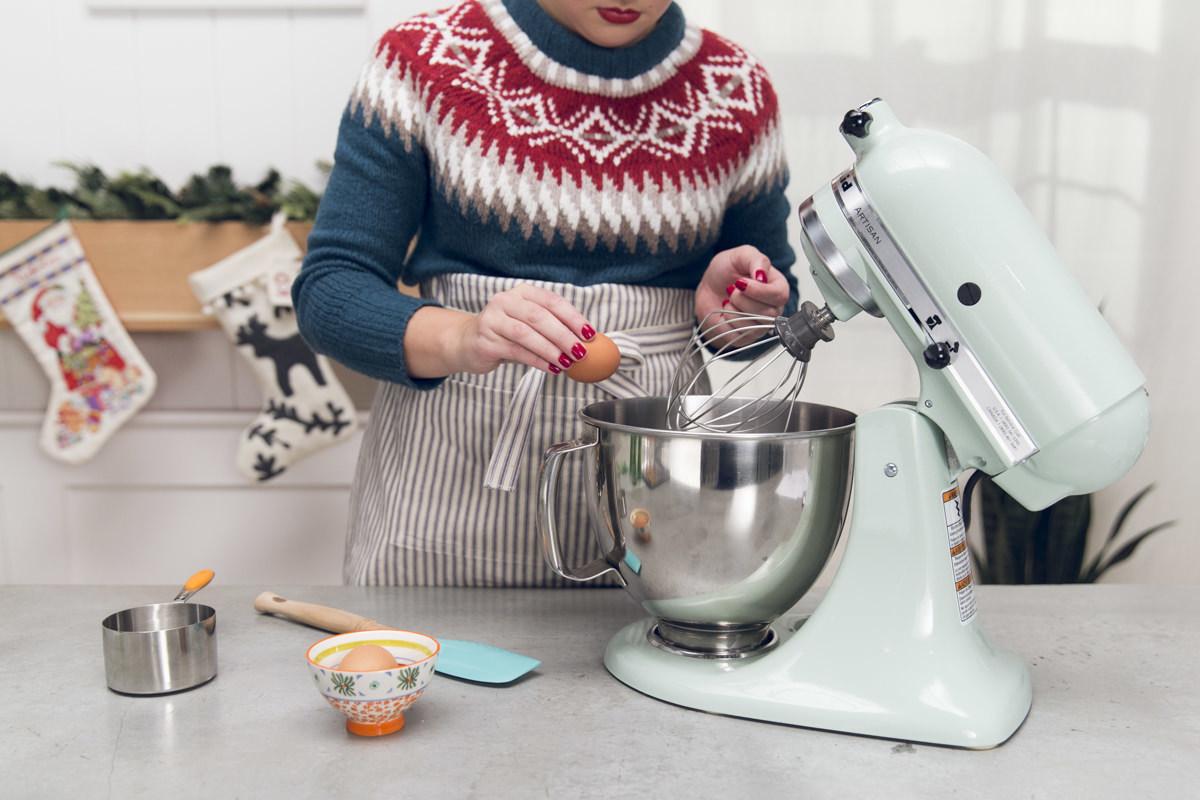 making icing