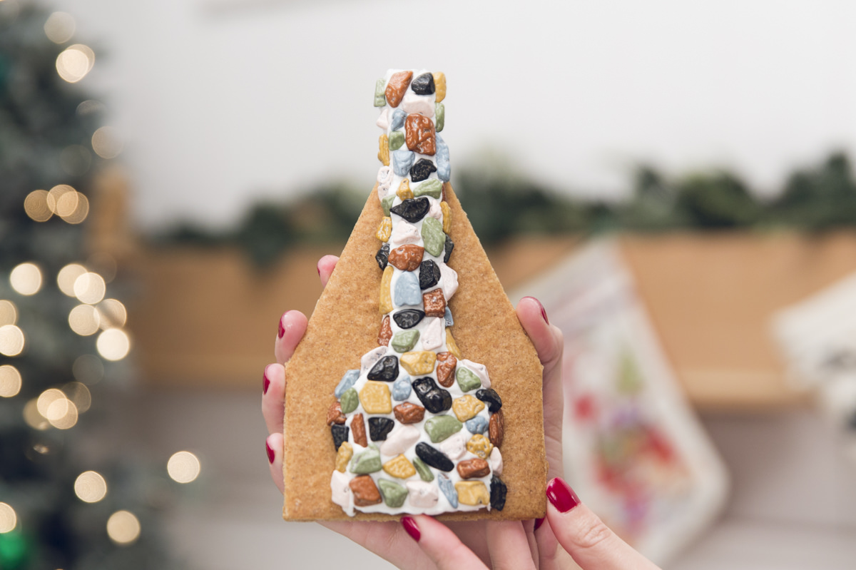 gingerbread house chimney