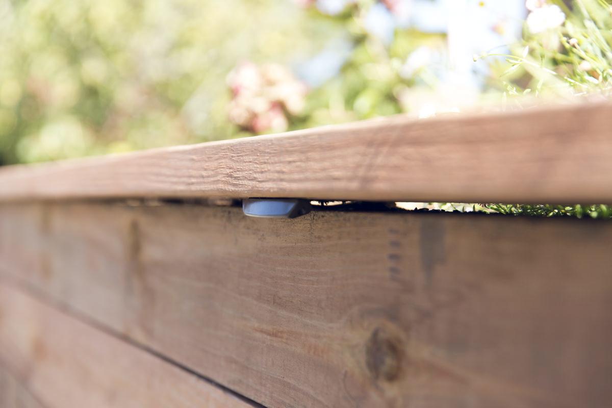 attaching cap rail
