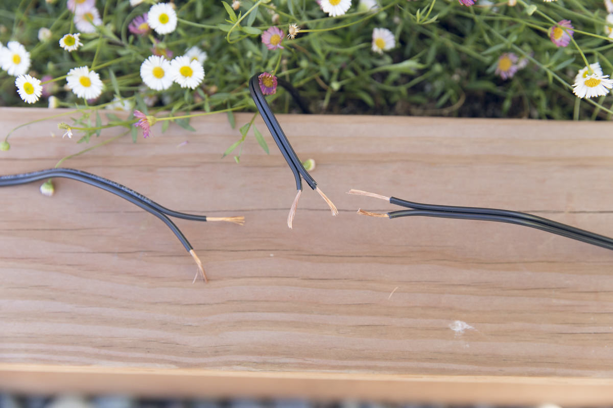 daisy chain for outdoor lighting