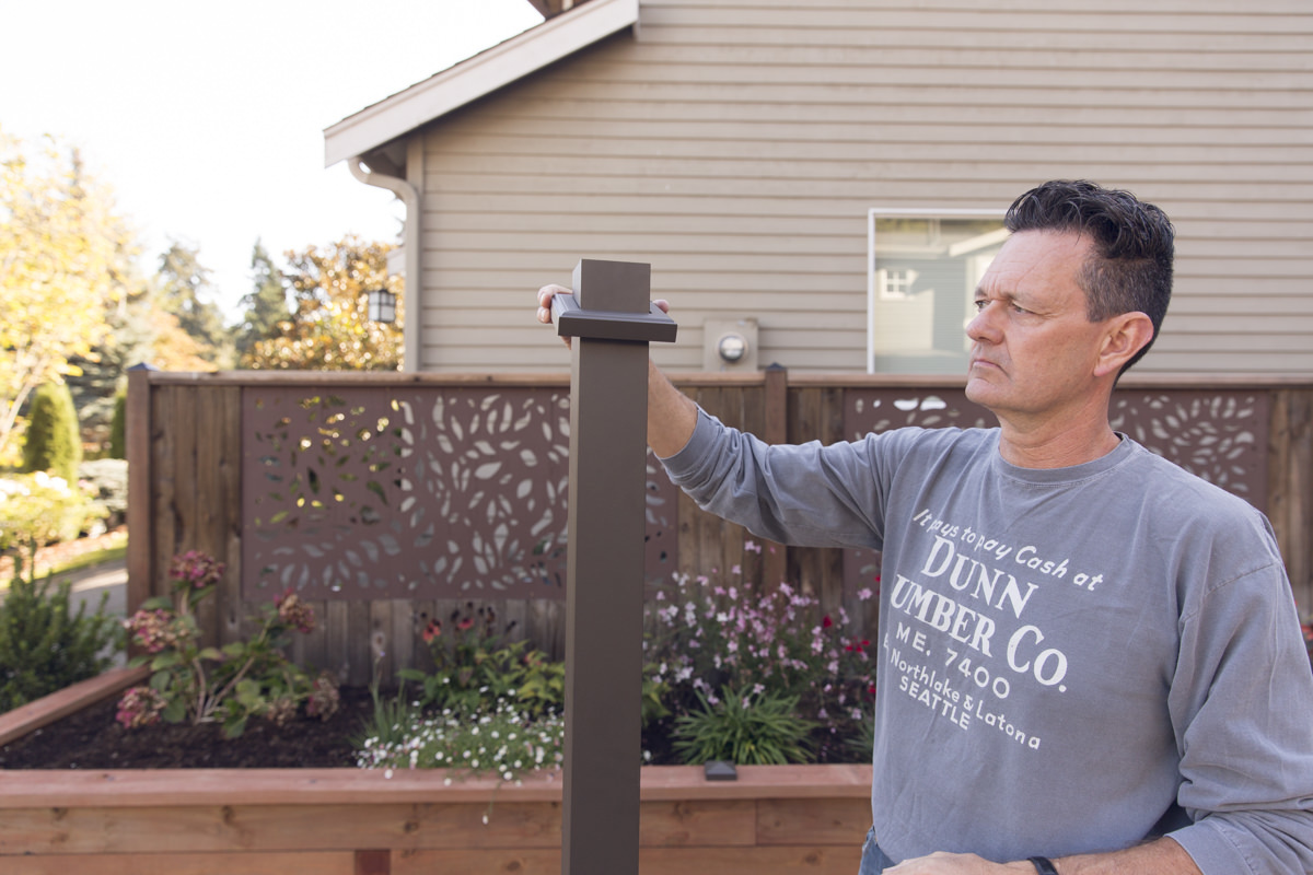 collar on fence post