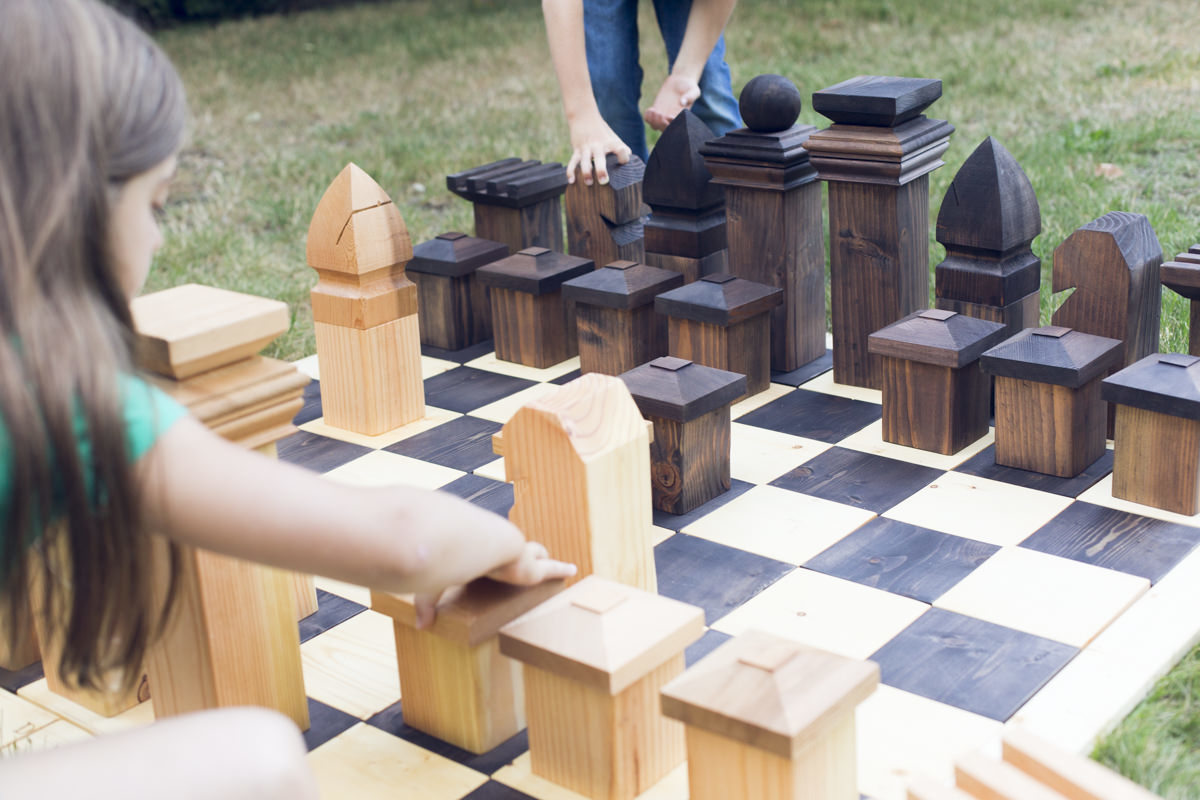how to make a diy outdoor chess set