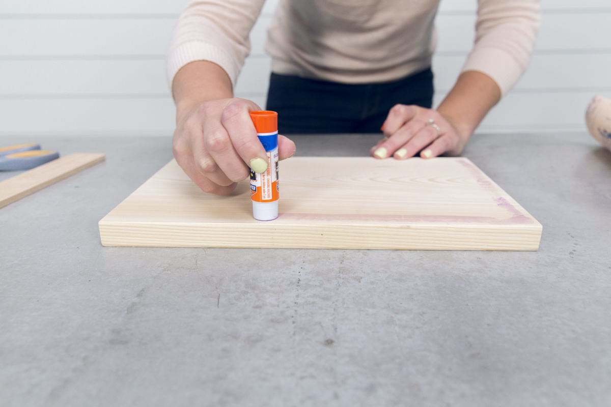 DIY tray glue on wood