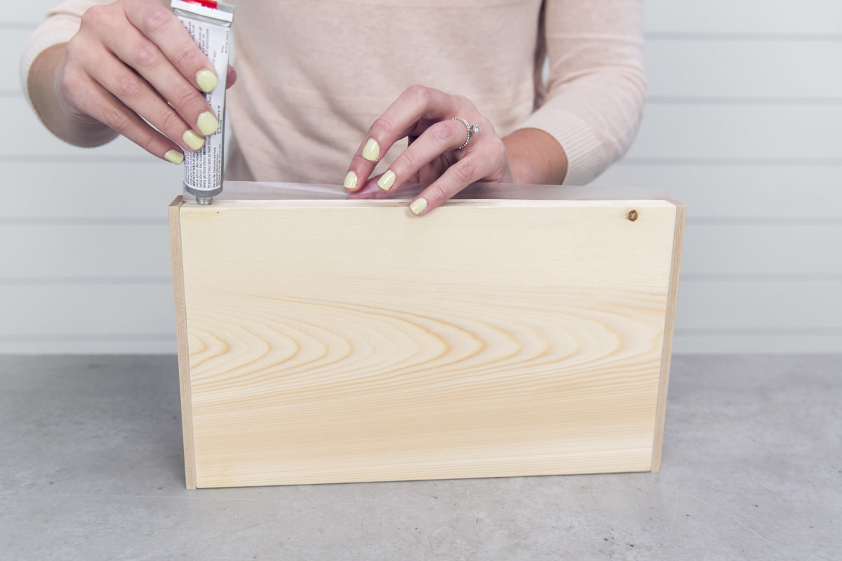 glue wooden diy tray