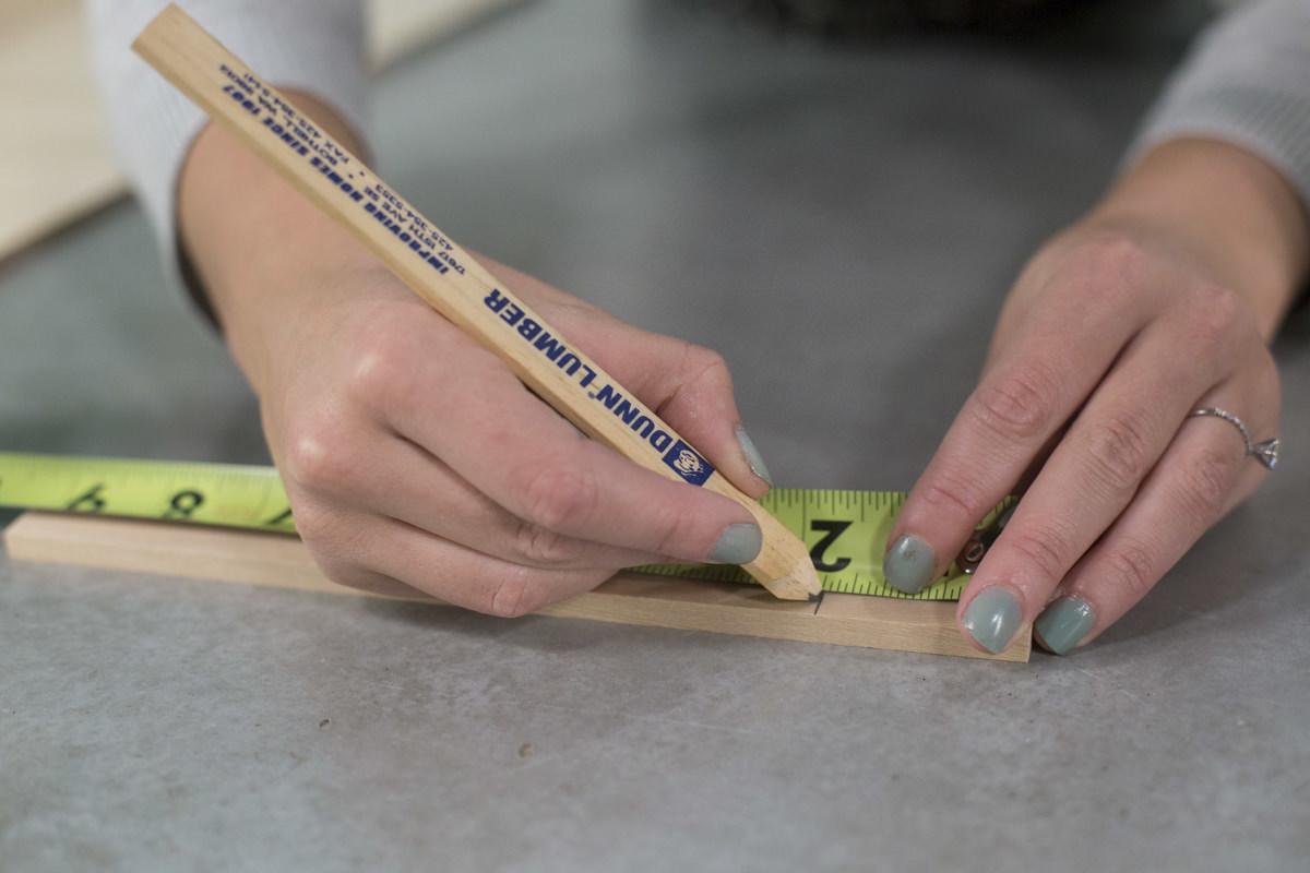 Dunn DIY How to Make a Dual Purpose Bathtub Caddy and Breakfast Tray Seattle WA 4