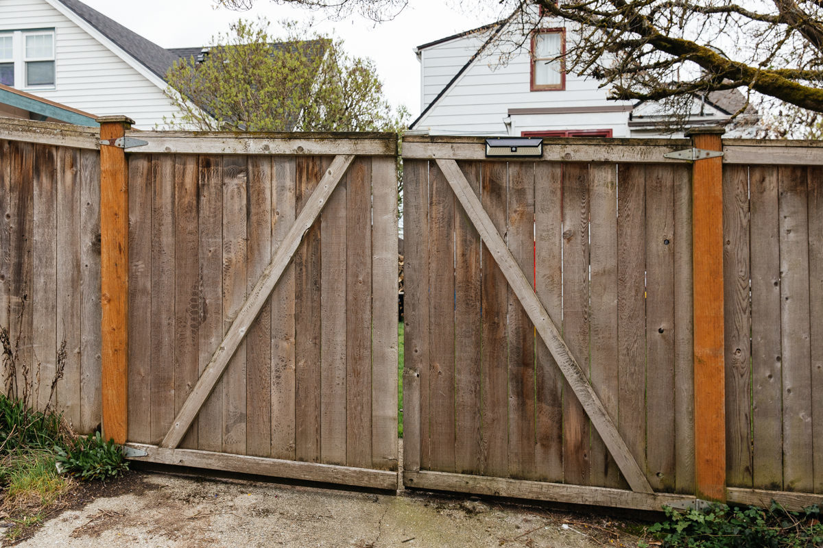 How to Fix a Sagging Gate   Home Improvement Projects to inspire ...