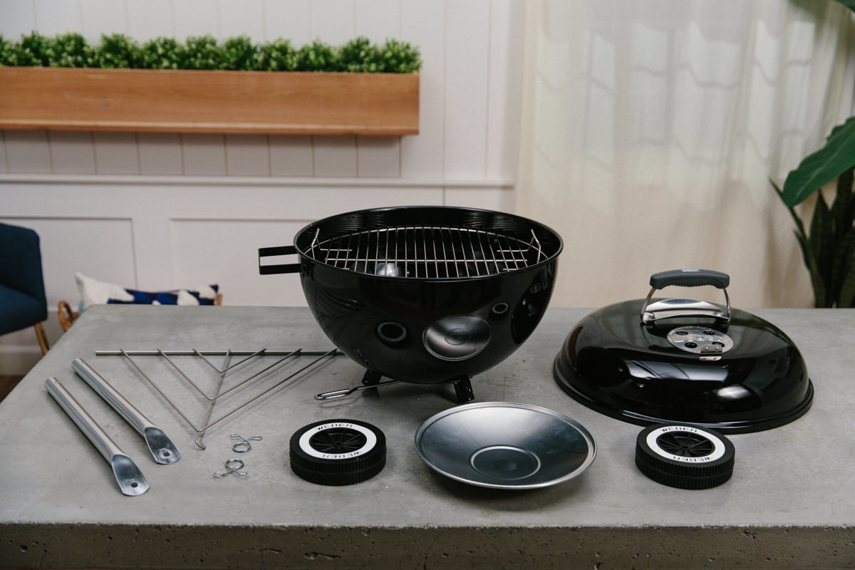 Kettle grill for outdoor cooking station