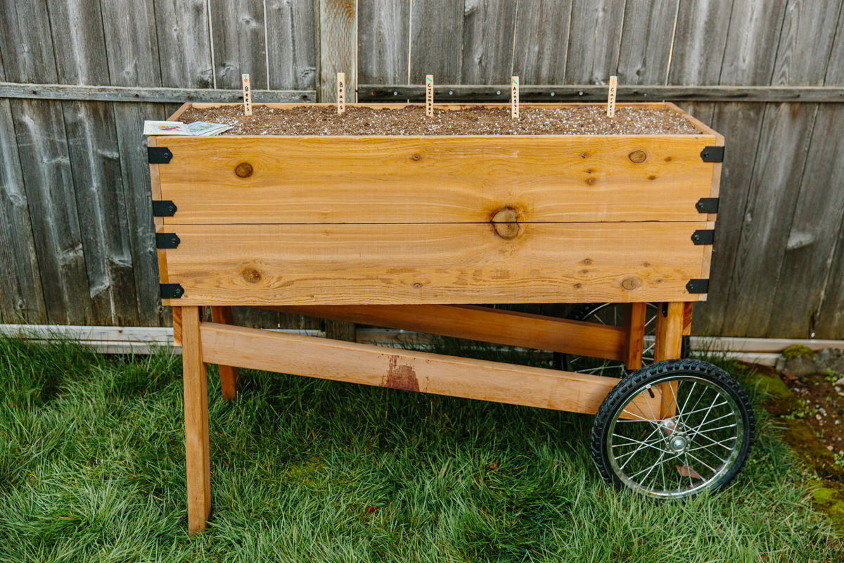 how to make a DIY planter box on wheels