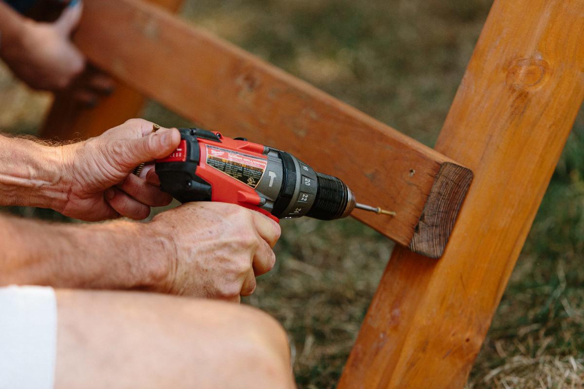 mount ladder rungs