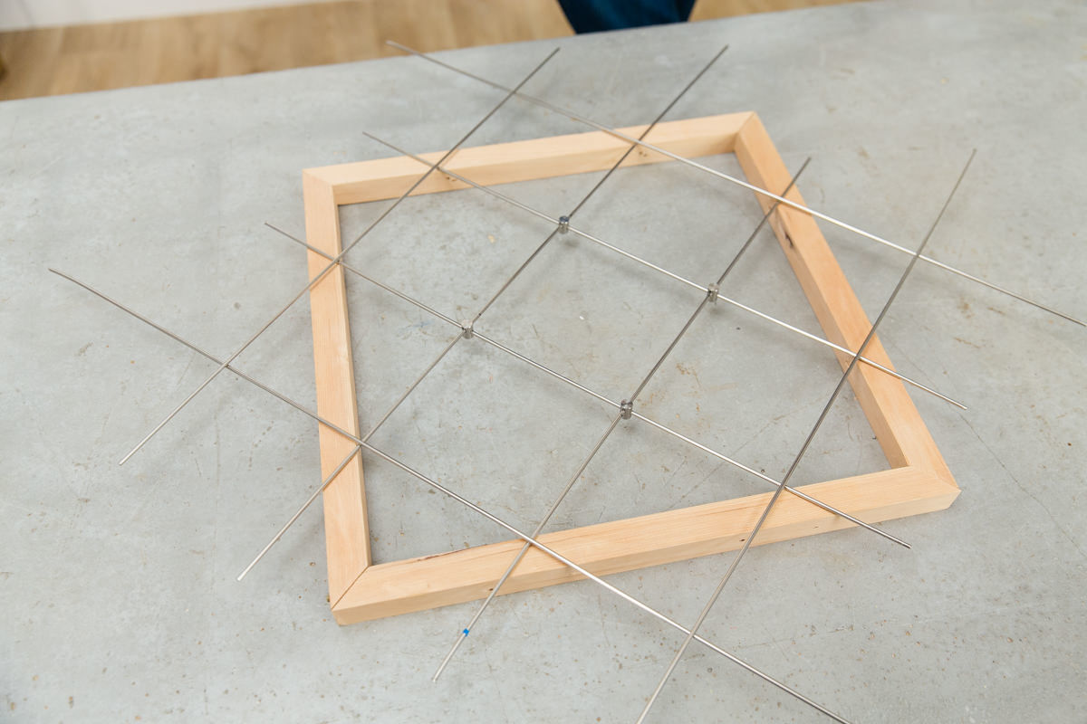 assemble wire grid