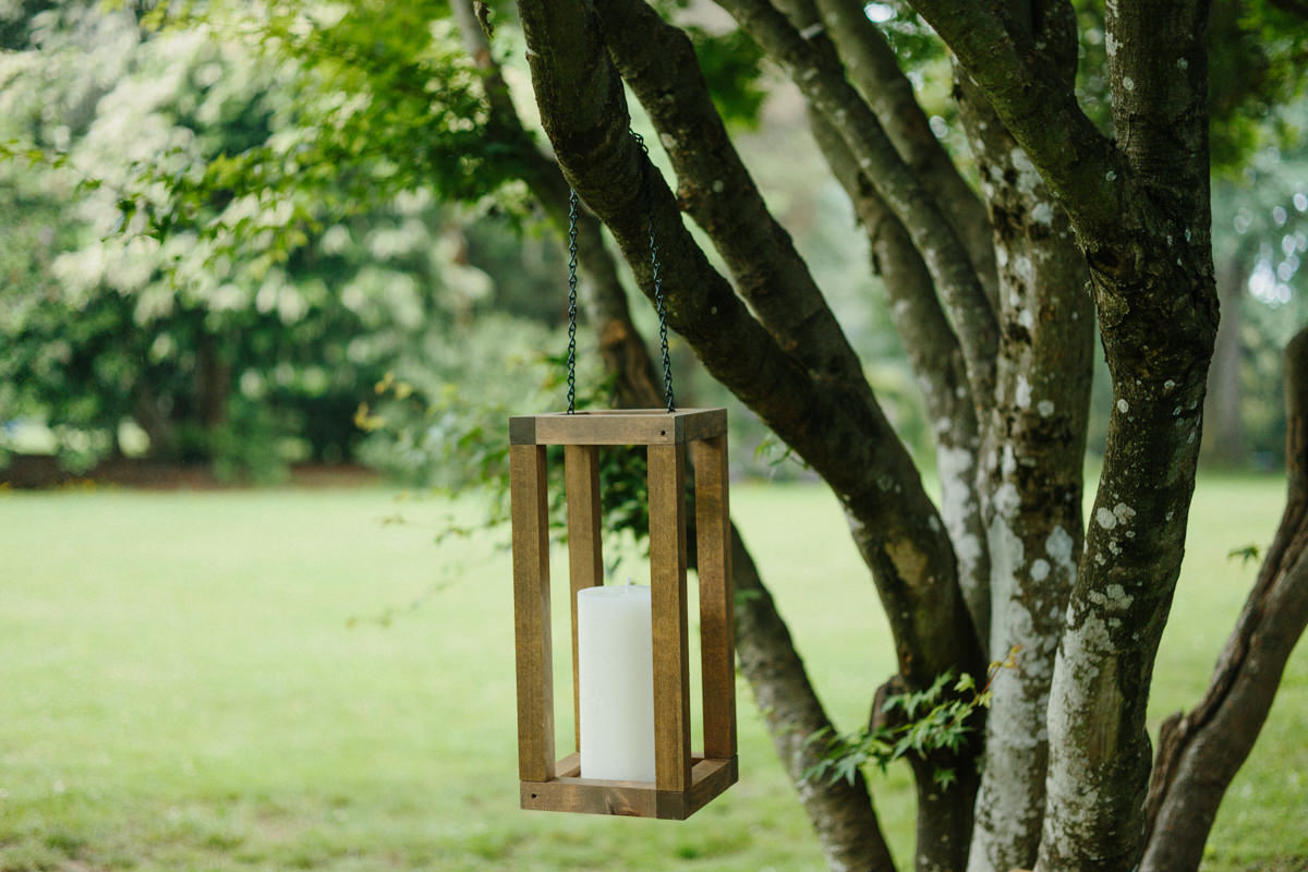 how to make a wooden lantern